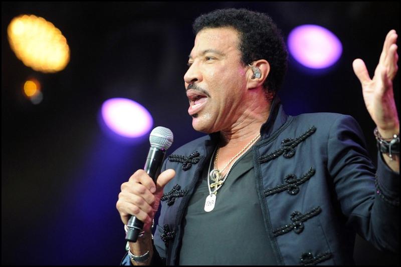 02 Lionel Richie source Fred Tanneau AFP